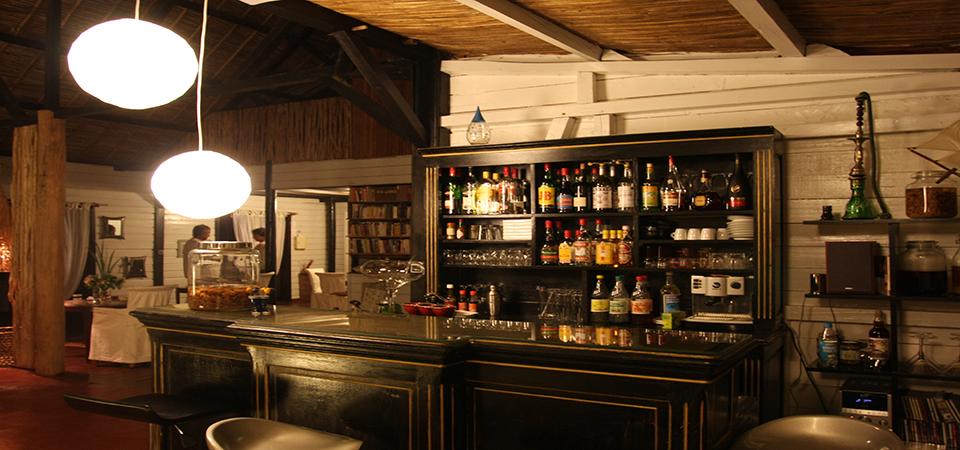 Loungebar-saintemarielodge-madagascar-2