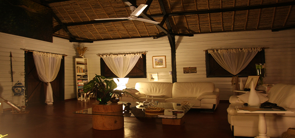 Loungebar saintemarielodge-Madagascar 3