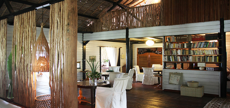 Loungebar-saintemarielodge-Madagascar-4